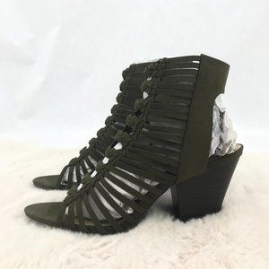 JustFab Abba Sandals: Olive | Size 10